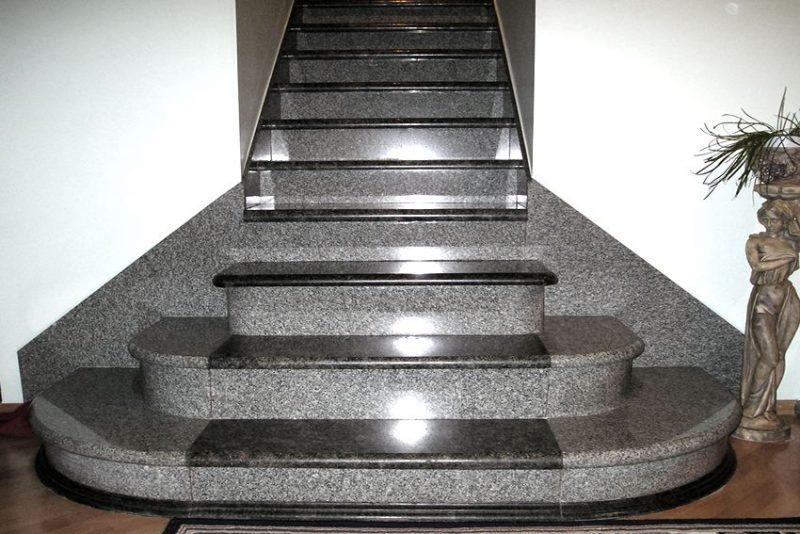 Лестницы с гранитными ступенями