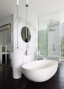 Стена в ванной